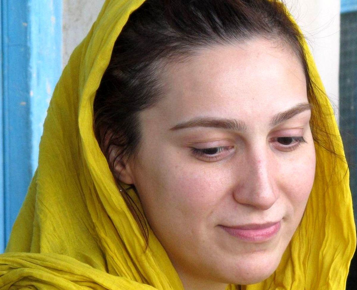 پست احساسی خانم بازیگر برای عزت الله مهرآوران