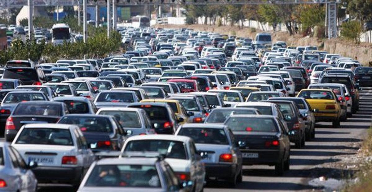 وضعت ترافیکی معایر تهران در 20 مهر/ ترافیک سنگین در بزرگراه هاشمی رفسنجانی و نواب