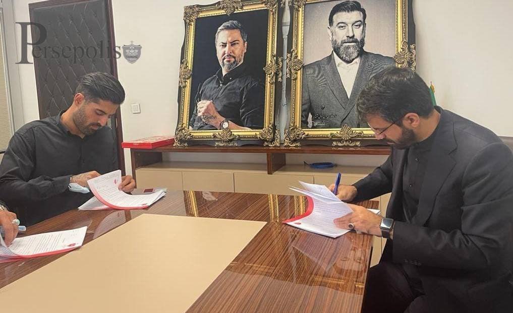 علیرضا ابراهیمی رسما به پرسپولیس پیوست+عکس
