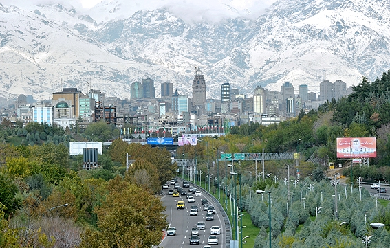 وضعیت هوای تهران در ١٩ مهر ماه