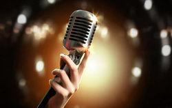 پوشش خواننده زن مشهور، جنجالی شد