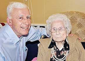 مادر بزرگ دنیا درگذشت + عکس