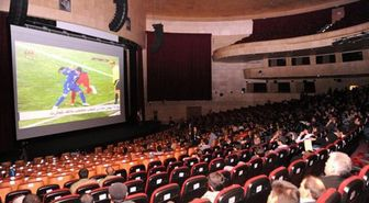پخش فوتبال در سینماها همچنان در بلاتکلیفی