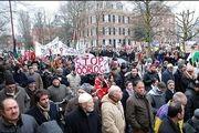 تظاهرات آلمانی ها در اعتراض به حملات کشورهای متجاوز به یمن