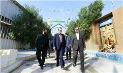 بازدید سفیر ایران از صحن حضرت زهرا +عکس