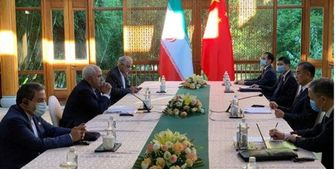 ظریف: گفتوگوهای رو در رو و پرباری با همتای چینی داشتم
