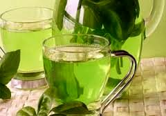 عواملی که شما را وادار به خوردن چای سبز میکند+ عکس