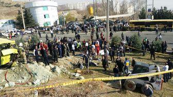 تحویل اجساد ۱۰ فوتی حادثه اتوبوس دانشگاه آزاد به خانوادههایشان