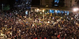 تظاهرات مقابل محل اقامت «نتانیاهو» همچنان ادامه دارد