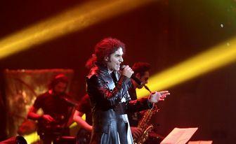 خواننده مشهور راک، کنسرت می دهد