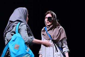 نمایش «شنیدن» در راه شیراز
