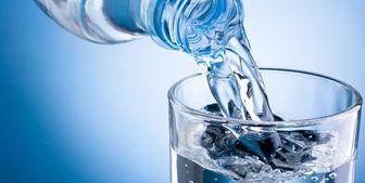 بلایی که آب خوردن در هنگام غذا بر سر معده می آورد!
