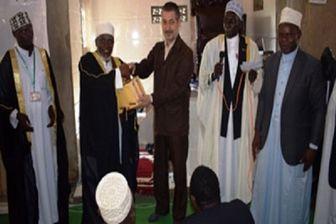 اهدای ۲۰ جلد قرآن کریم و کتابهای اسلامی به یکی از مساجد اوگاندا