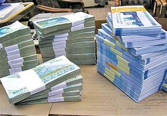 کارکنان شهرداری آزادشهر از عدم پرداخت حقوق چند ماهه رنج میبرند