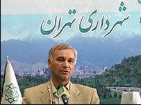 ایازی: ۸ درصد مردم رنگ تهران را آبی می بینند