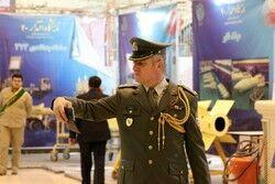 خارجیها با دستاوردهای نظامی ایران سلفی گرفتند +تصاویر