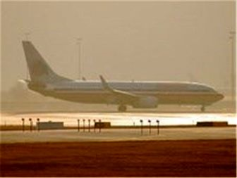 شدت ریزگردها پرواز فرودگاههای اهواز و آبادان را لغو کرد