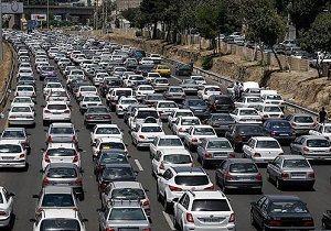 ترافیک در آزادراه کرج-تهران سنگین است