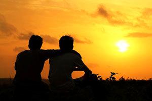 2 شرط لازم برای دوست یابی از زبان امام حسن(ع)