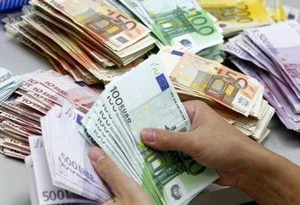 تعلل مسئولان برای دستیابی به ارز تک نرخی