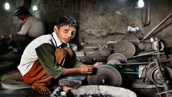 فعالیت حدود هزار کودک کار در منطقه 12 تهران / تست رایگان کرونا و استعدادیابی کودکان
