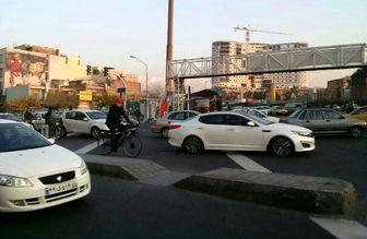 حناچی امروز با دوچرخه به محل کار رفت