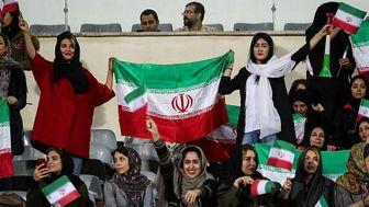 اینفانتینو به دنبال حضور بانوان در  ورزشگاهها در بازیهای لیگ برتر ایران