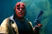 حمله هیولای قرمز به سینماهای جهان/عکس