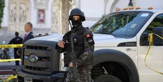 تیر تروریست ها در تونس به سنگ خورد