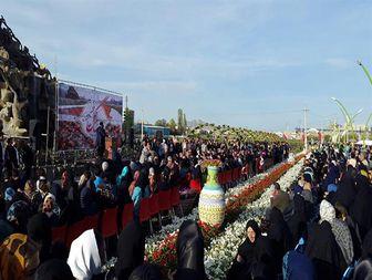 ششمین جشنواره بزرگ گل ها در ارومیه +تصاویر