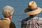بندپی: با پدیده سالمندی مواجه ایم
