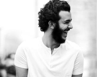 علی شادمان به یاد کسی که مدیونش است/ عکس