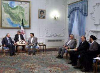 همدلی و همراهی تهران و دمشق تمام نقشههای مستکبران را بر هم زده است