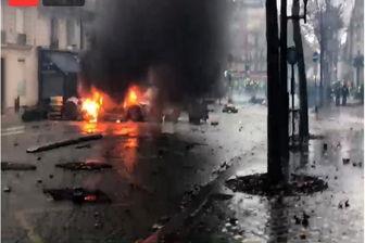 پاریس در آتش میسوزد/ محاصره یک پاسگاه پلیس توسط معترضان
