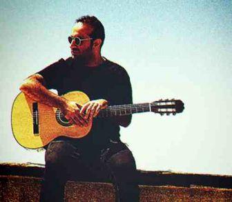 خواننده موسیقی پاپ در حرم امام رضا(ع) /عکس