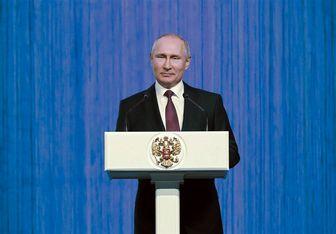 پوتین: اطمینان جهان به دلار در حال سقوط است