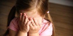 10 رفتار صحیح برای اجتماعی شدن کودک خجالتی
