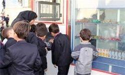 جلوگیری از توزیع سوسیس، کالباس در مدارس
