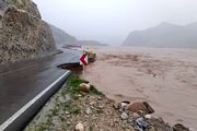 آخرین وضعیت سیل در لرستان/ قطع شدن راه ارتباطی 150 روستا