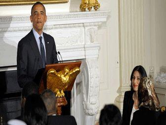 Obama praises Abedin as patriot at White House Ramadan dinner