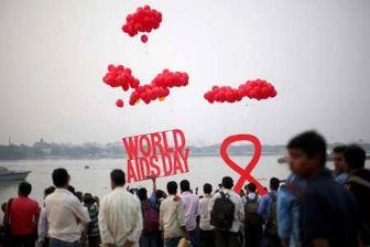 هر 2 دقیقه یک نوجوان در جهان ایدز می گیرد