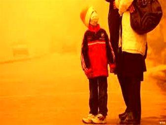 گرد و غبار کلیه مدارس قصرشیرین را تعطیل کرد