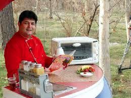 کارشناس معروف آشپزی تلویزیون درگذشت/ عکس