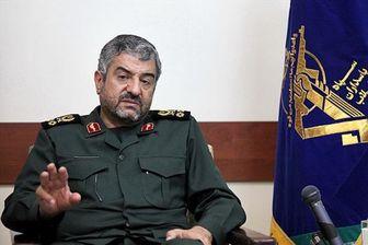 تحلیلگر آمریکایی گفت ایران، آمریکا را مثل ببر کاغذی می داند