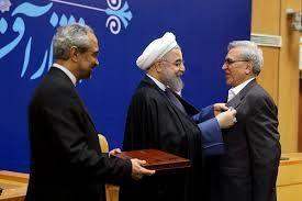 این فرد ماهانه ۷۵۰۰ پوند می گرفت تا تحریمهای بانکی ایران باقی بماند!