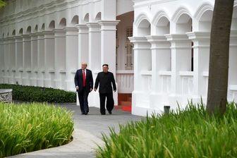 رهبر کره شمالی چه کسانی را با خود به سنگاپور برده است؟
