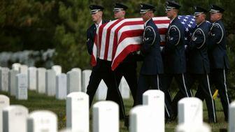 جان باختن ۷۲ کهنهسرباز آمریکایی