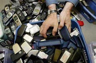 فروش آزادانه موبایلهای دزدی در چهار راه مولوی
