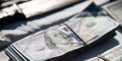 انهدام باند فروش دلارهای جعلی در اصفهان