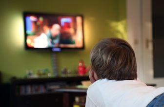 همراه با فیلمهای سینمایی در پایان هفته ای پاییزی/پخش یک فیلم محبوب نوستالژیک